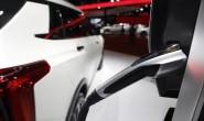 中国新能源车走在戒补贴的道路上