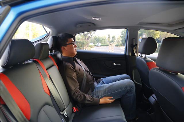年轻时尚且配置丰富 试驾纳智捷U5 SUV