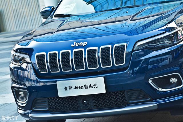 焕芯 全面升级 试驾新款Jeep自由光