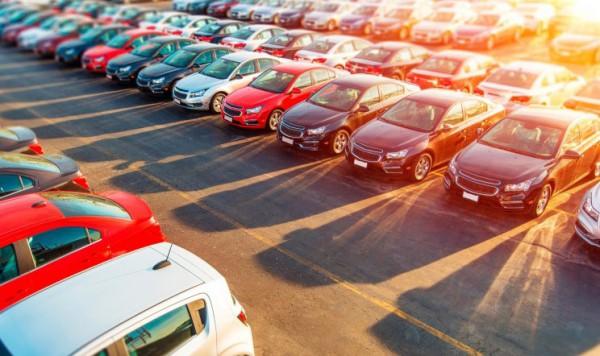 发改委:今年或将出台鼓励汽车消费新政