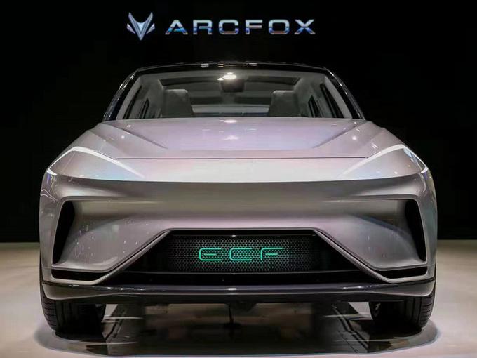 ARCFOX首款SUV明年上市 超跑等5款新车陆续发布