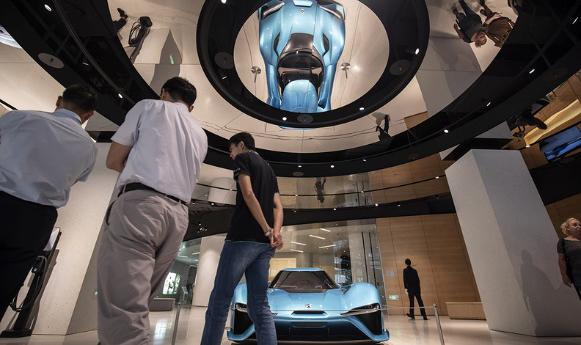 外媒:中国180亿美元的电动汽车市场洗牌在即