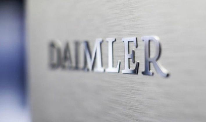 """奔驰拖""""后腿""""?戴姆勒发布盈利预警"""