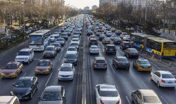 """政策能否""""破冰""""寒冬 下半年车市走向何方?"""