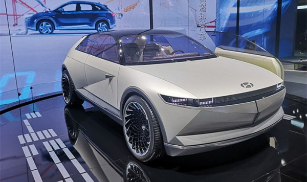 2019进博会:现代45概念车正式国内亮相