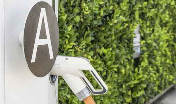 济南年底停车场充电设施比例不低于10%