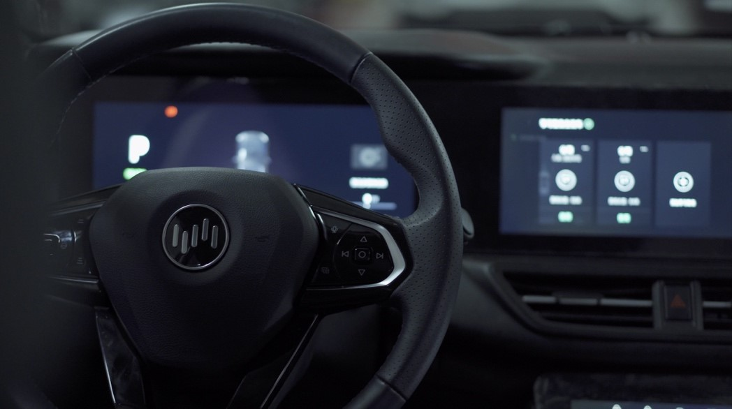 威马汽车携手百度Apollo 量产L4级无人驾驶AVP自主泊车技术