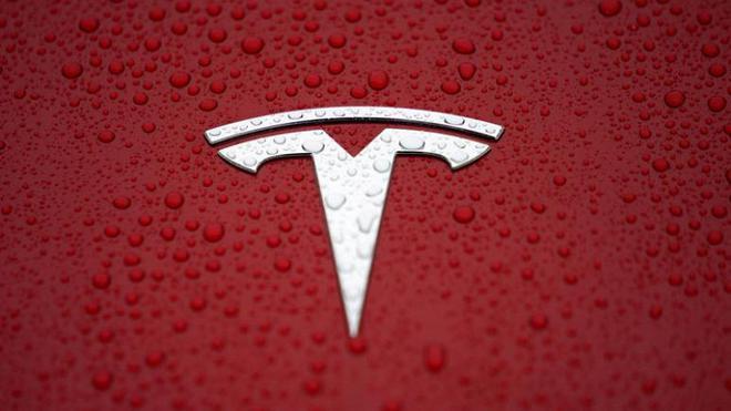 特斯拉将通过软件更新来改进12V电池 延长其寿命
