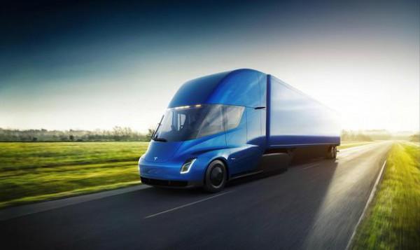 传特斯拉正在内华达州超级工厂打造全新Semi测试车