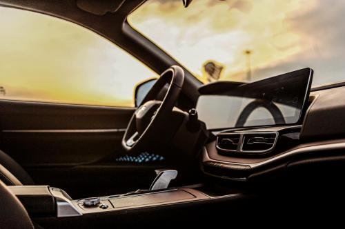充满未来感的豪华头等舱,大蚂蚁用内饰细节打造智能驾乘体验